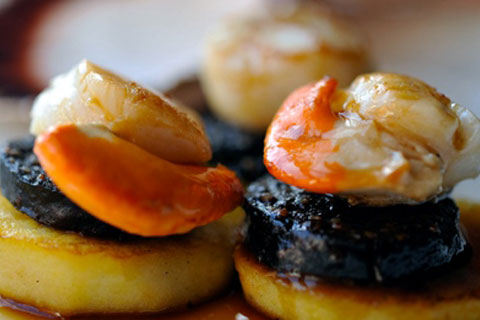 Pan-seared Shetland scallops and langoustines with stir ...